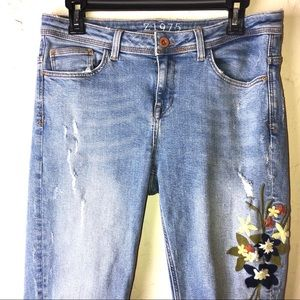 Zara | Z1975 Floral Embroidered Jeans